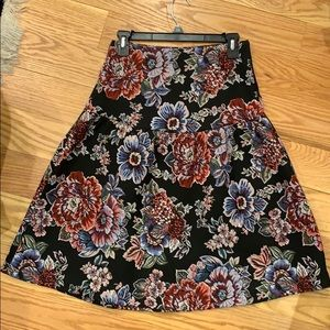 Zara floral midi skirt. Excellent condition.